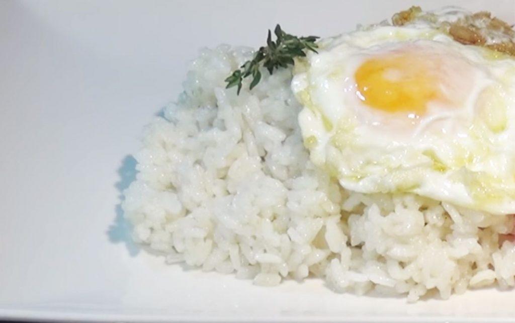 arroz con huevo receta