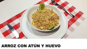 receta arroz con atún y huevo