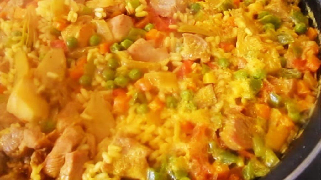receta de arroz a la jardinera con carne