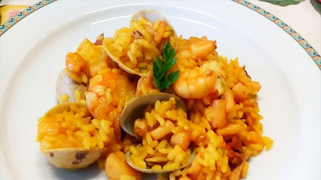 receta de arroz con camarones y almejas