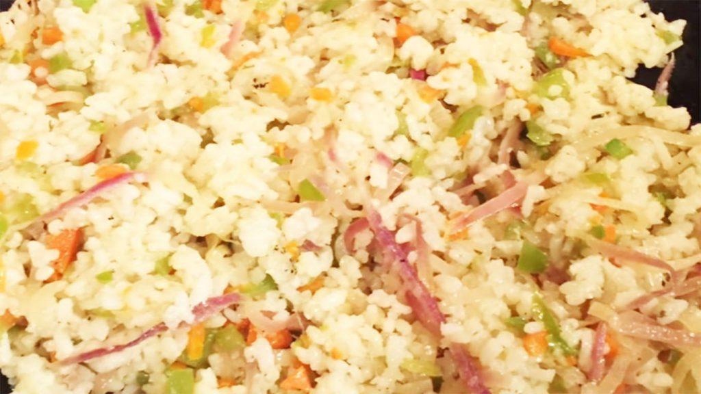 receta de arroz de coliflor con atún