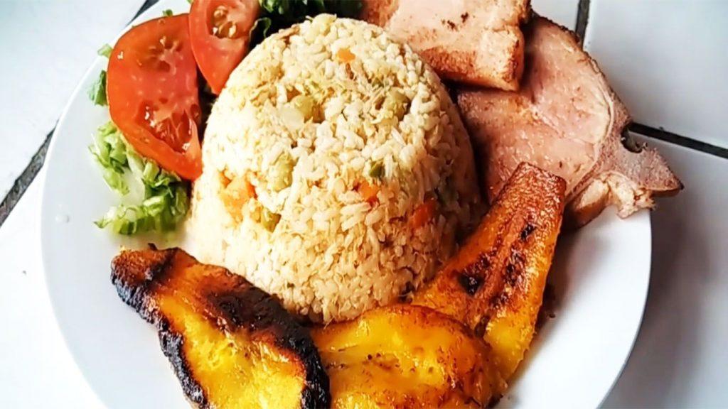 arroz tapado con atún