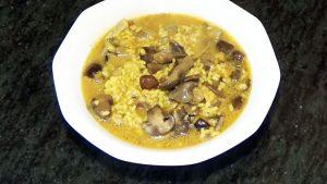 imagen de arroz con pato y setas