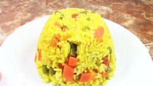 imagen de arroz a la jardinera con tocino