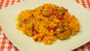 imagen de arroz con chancho y verduras