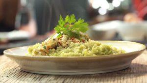 imagen de arroz con espinacas y pollo