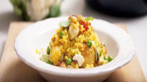 imagen de arroz con verduras y pollo
