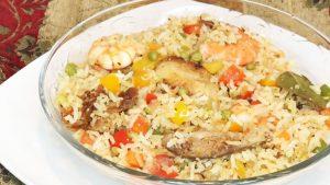 imagen de arroz con camarones y pollo