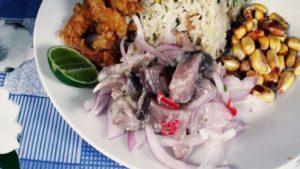 imagen de arroz chaufa con pescado
